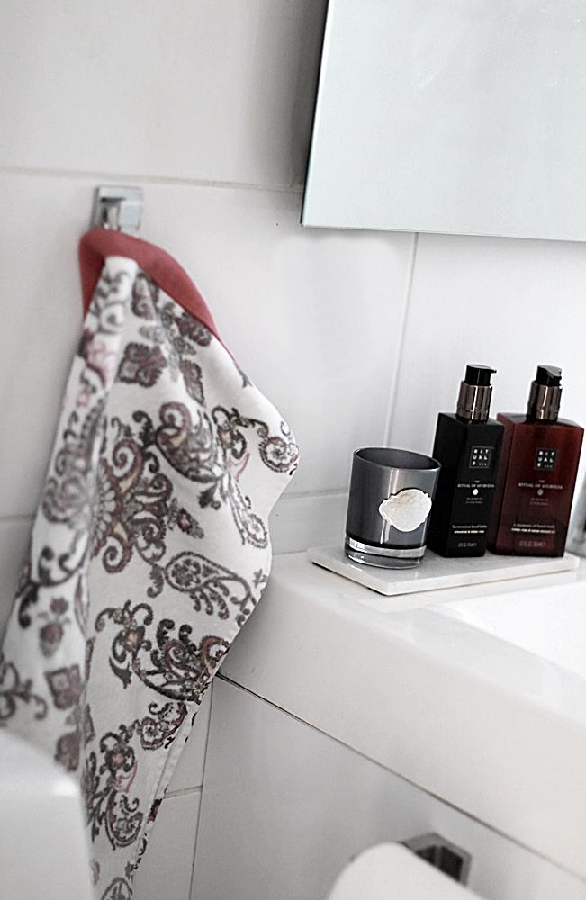 god doft i badrummet